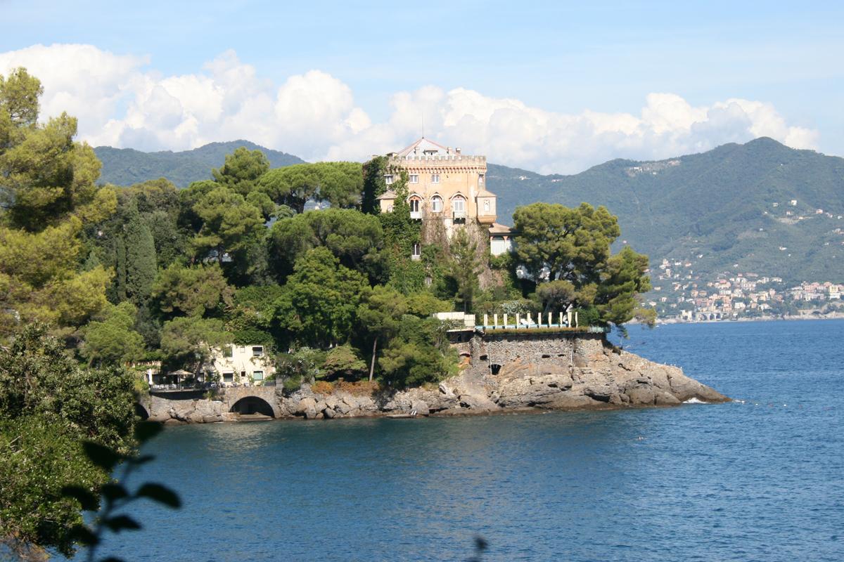 Am Castello Paraggi bei Portofino geht heute Berlusconi baden. Foto: Julia Marre